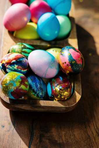 assorted color eggs on tray